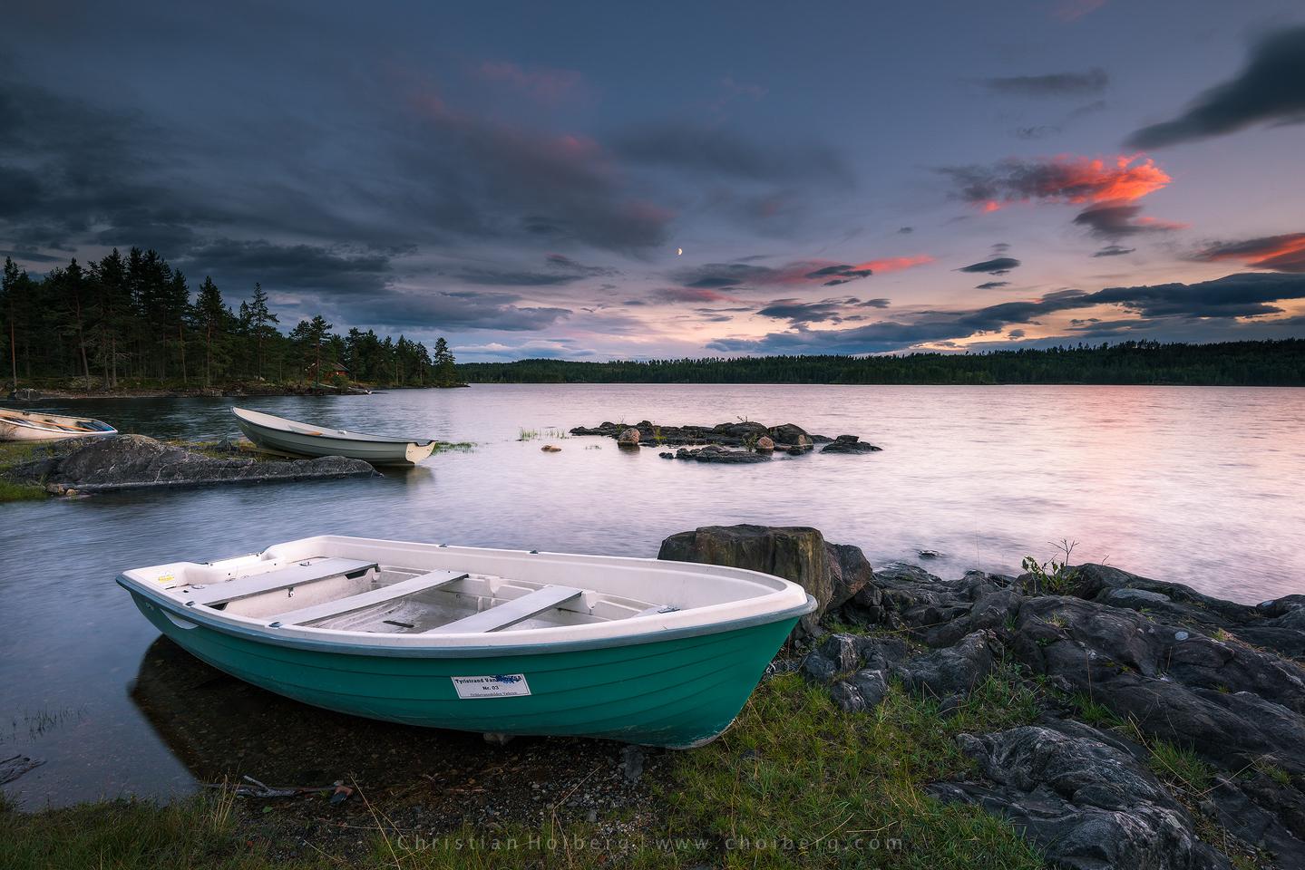 Vaeleren-sunset-boat.jpg