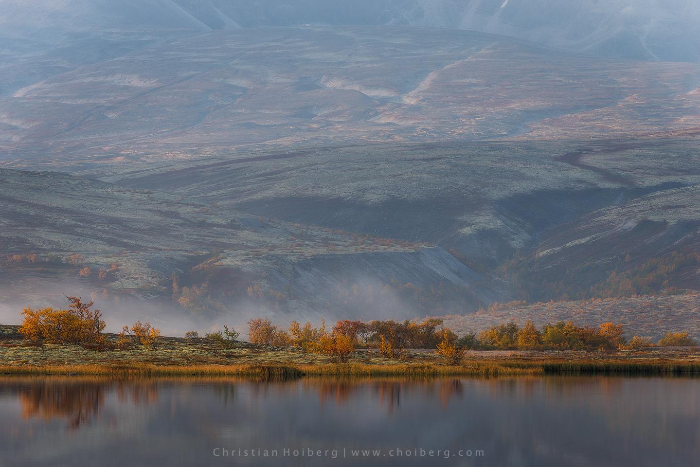 autumn-doraldalen-sunrise-lake.jpg