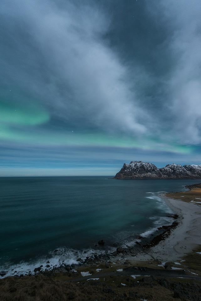 Uttakleiv-Aurora-view.jpg