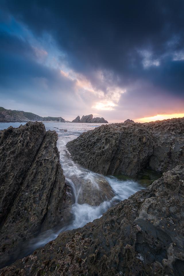 Playa-de-Covachos-Sunset-Cliffs.jpg