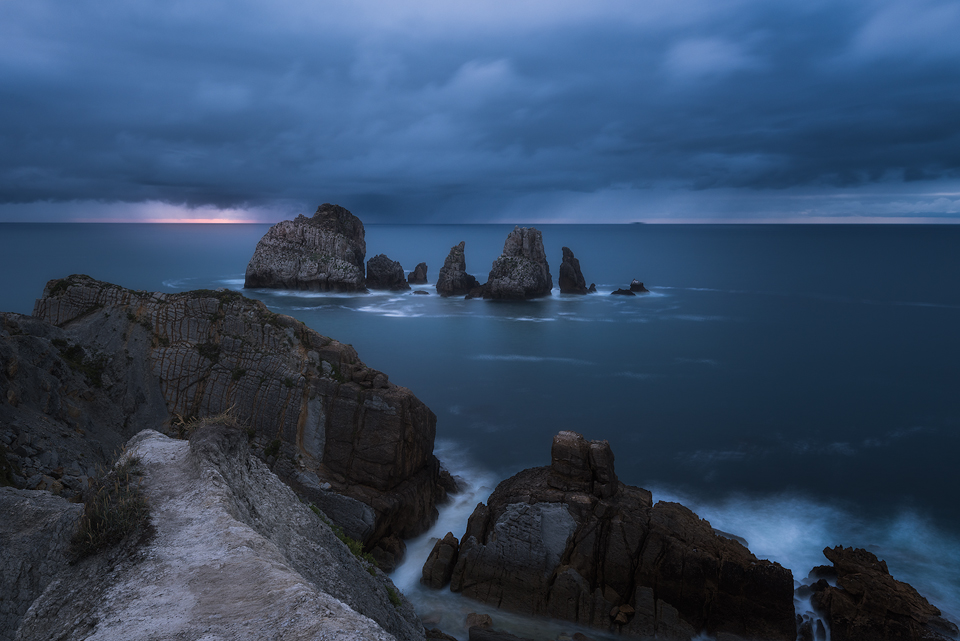 Moody-Costa-Quebrada-Blue.jpg