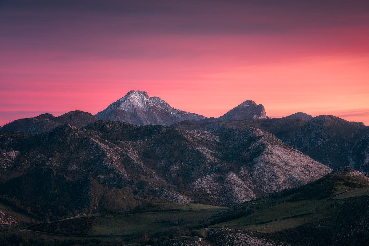 Picos-de-Europa-Mountains-Sunset.jpg