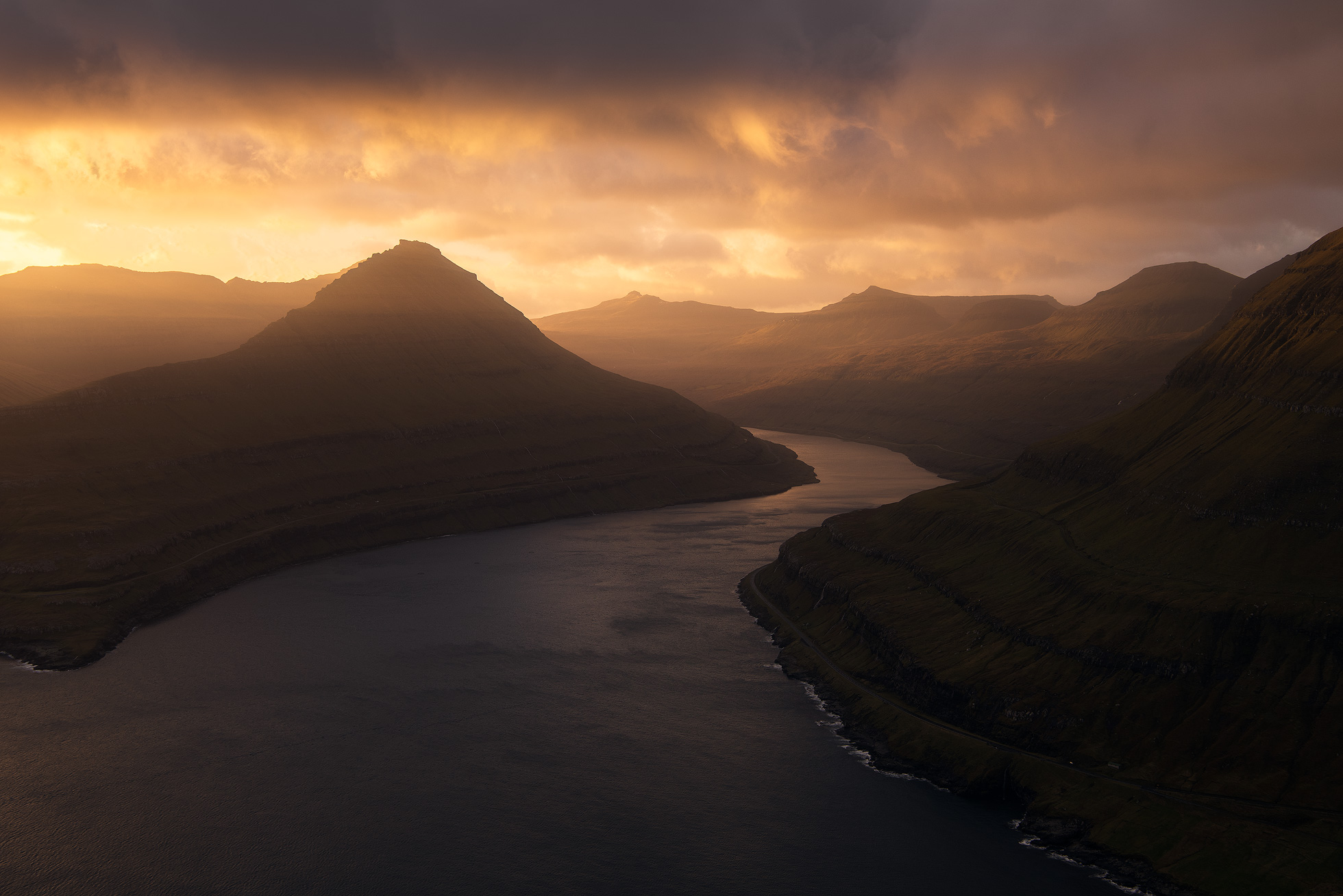 Faroe-Islands-Funningur-3.jpg