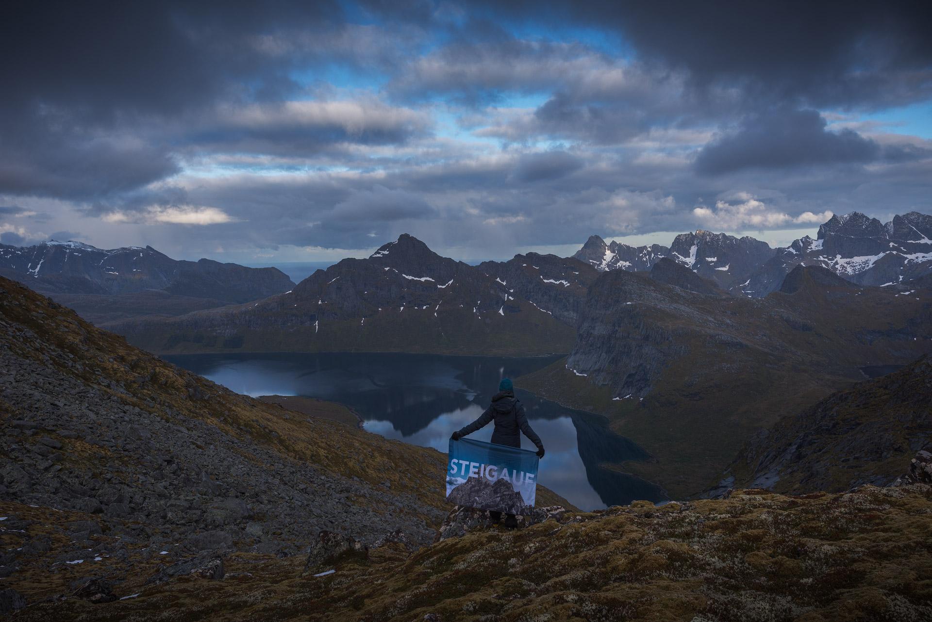 Lofoten-Hike-8.jpg