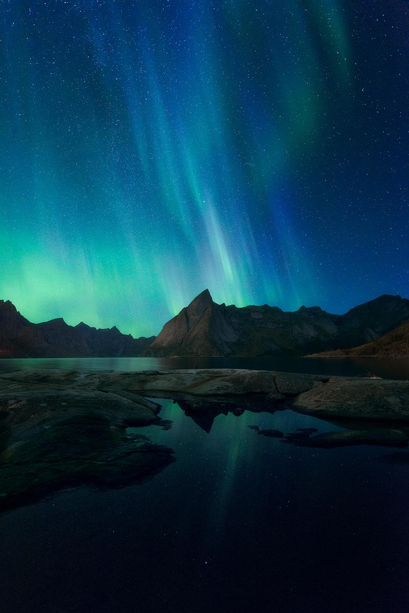 Eliassen-Rorbuer-Aurora.jpg