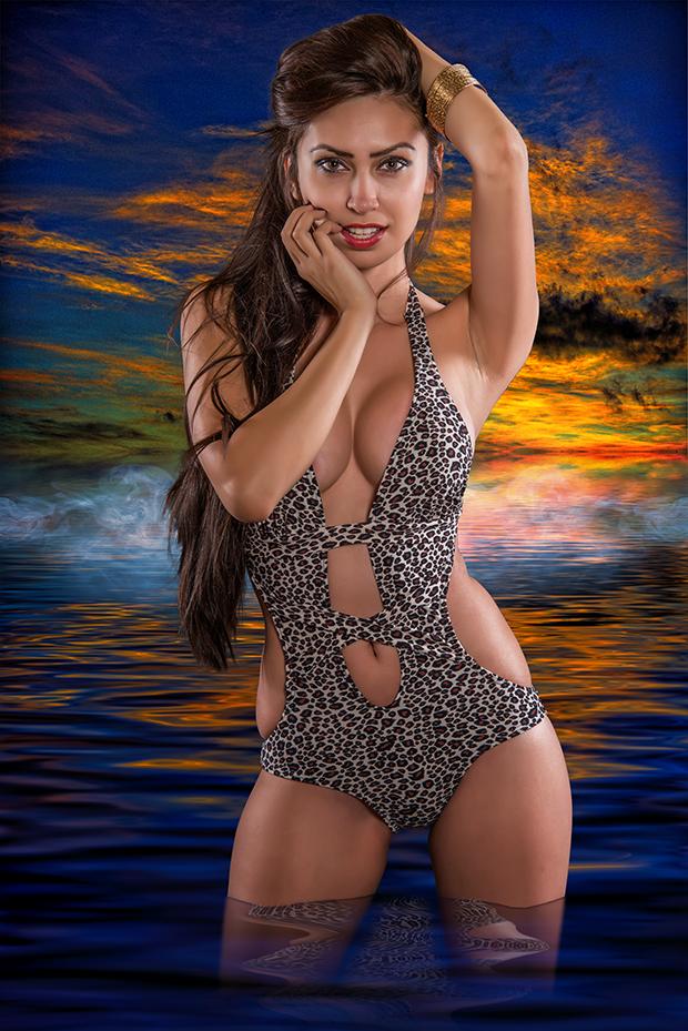 Model: Tiffany Felisha.