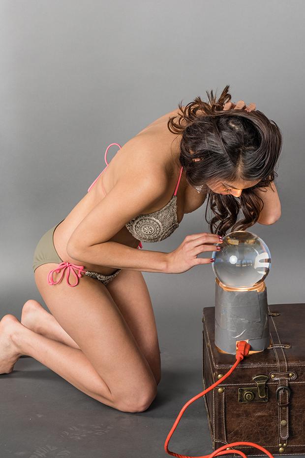 Model: Marcela Zuniga.
