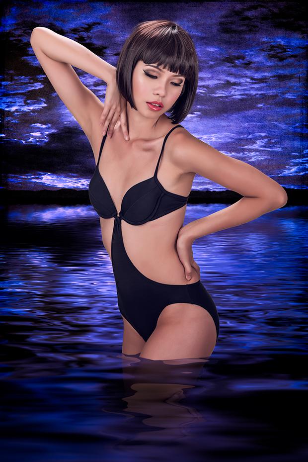 Model: Kaela Isa.