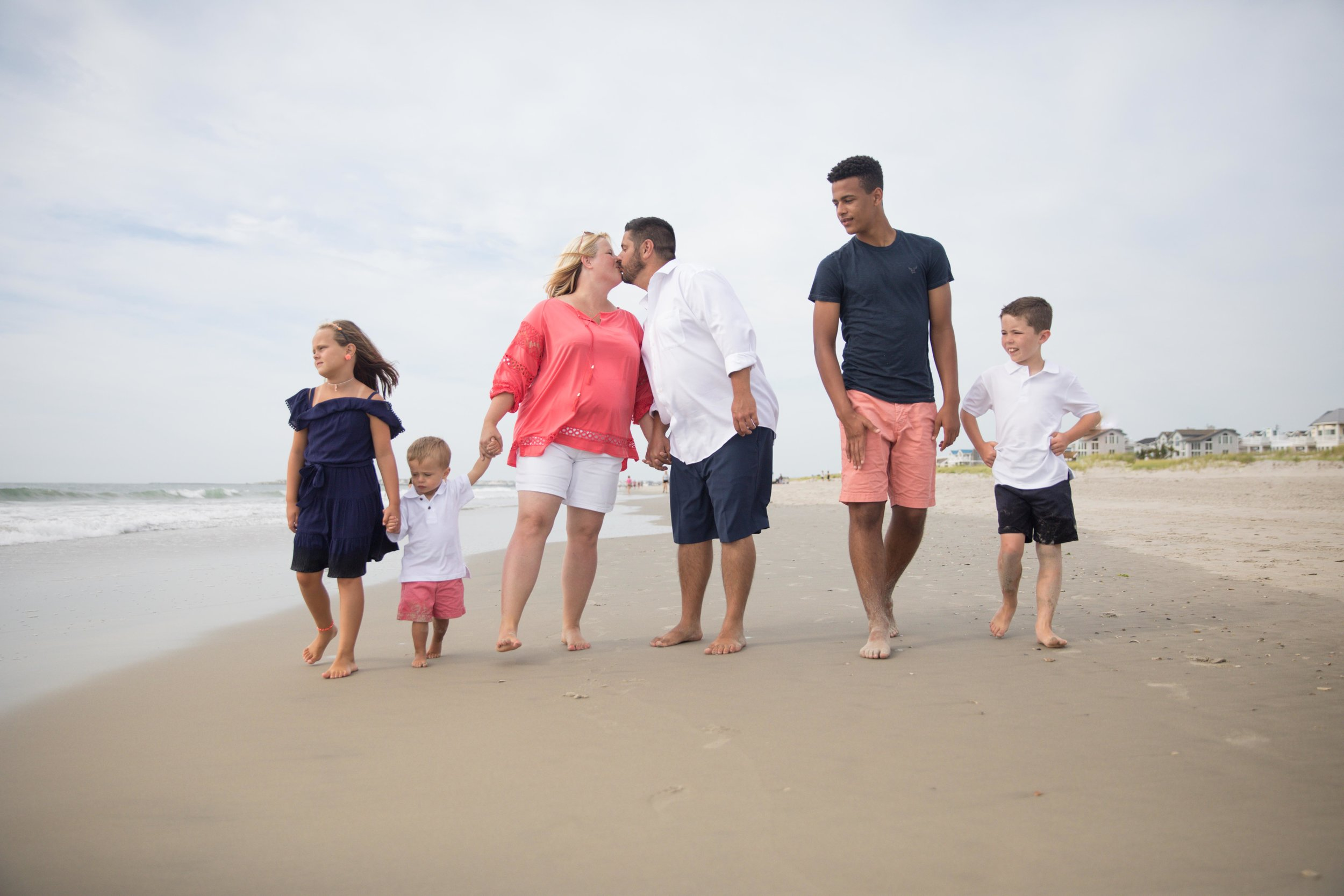 Beach Family (21 of 22).jpg