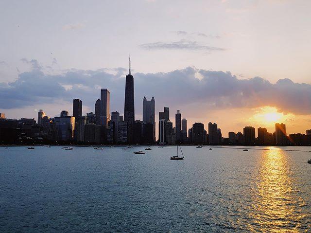 Summer in Chicago is ✨✨ #onaboat #chicago #summerinchicago #lakemichigan