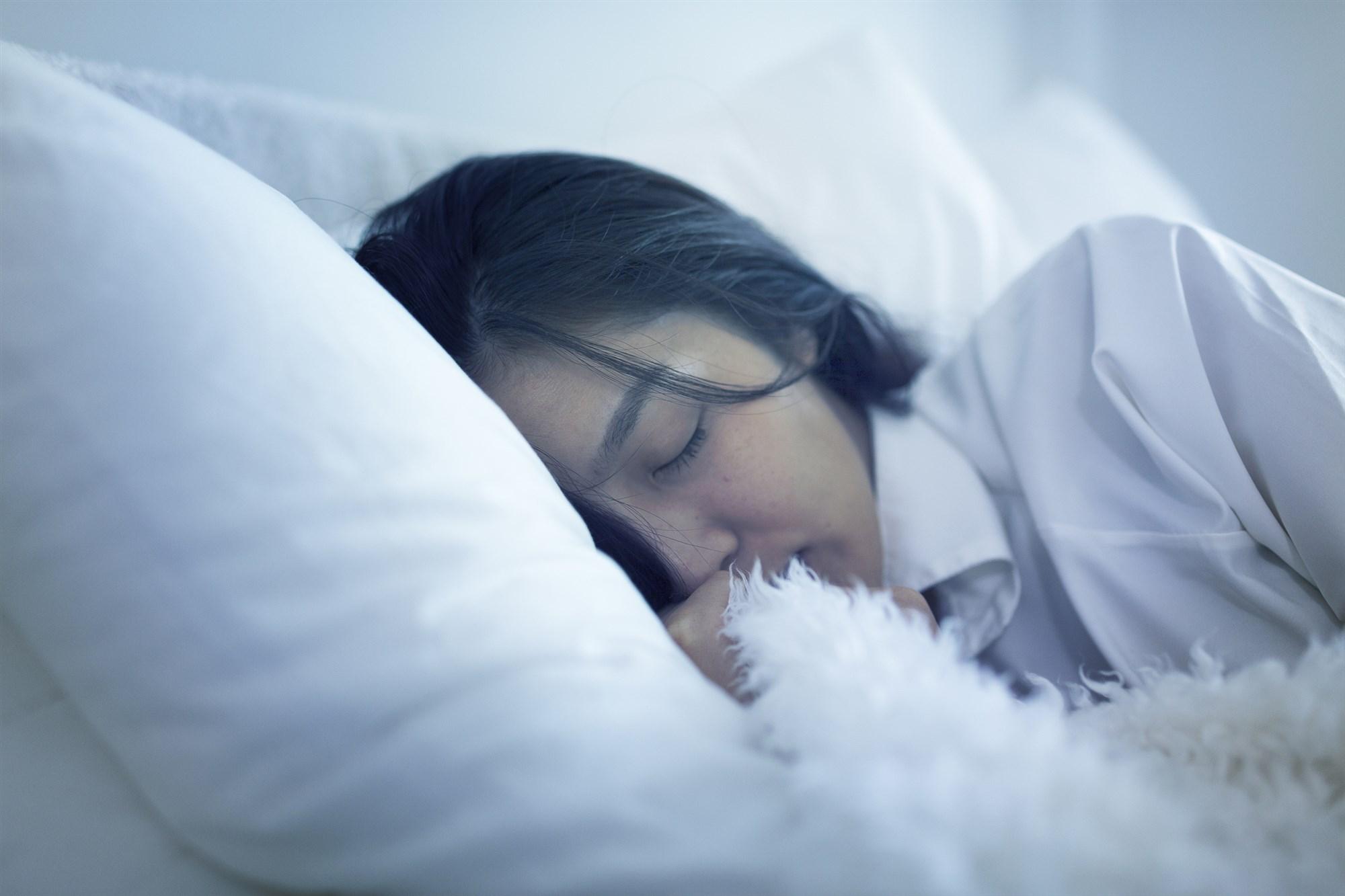 181229-sleeping-al-1019_385f3a213338552fe78a33ed6ebfe89c.fit-2000w.jpg