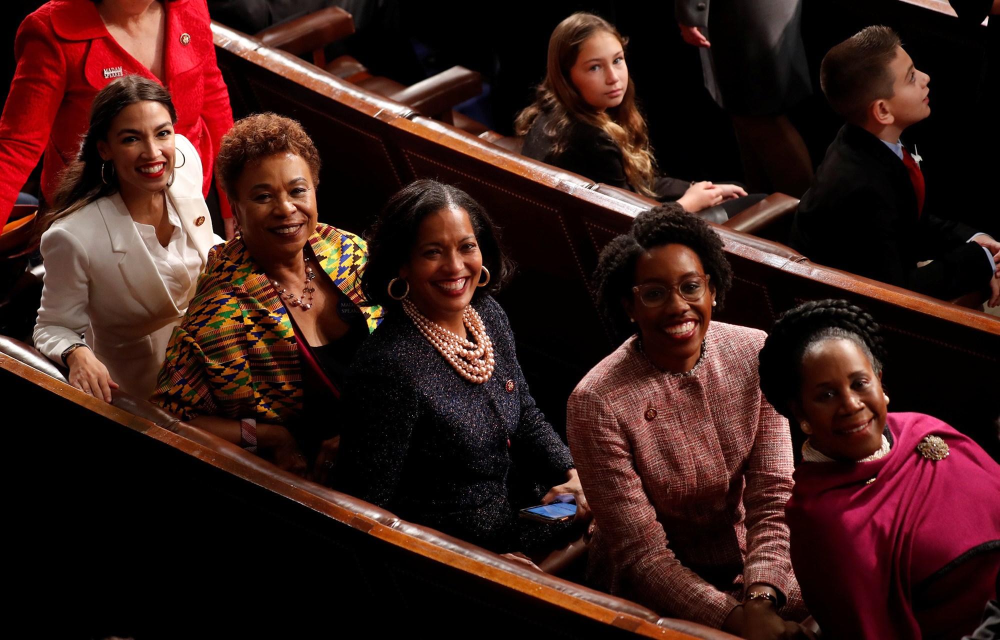 190307-rep-congress-women-ac-559p_1007868f97f15cfbfe8469d1b0caf105.fit-2000w.jpg