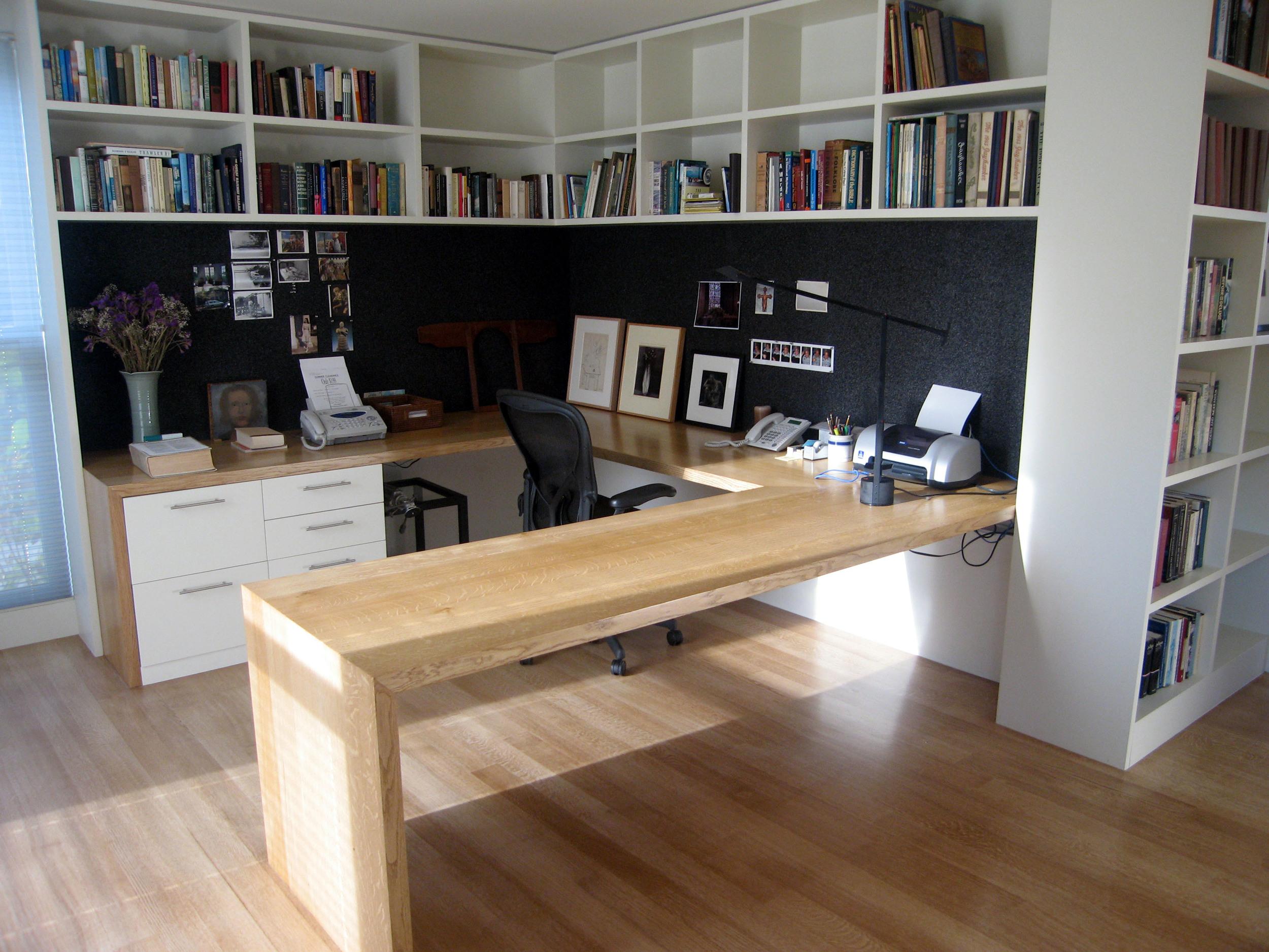 office desk.jpg