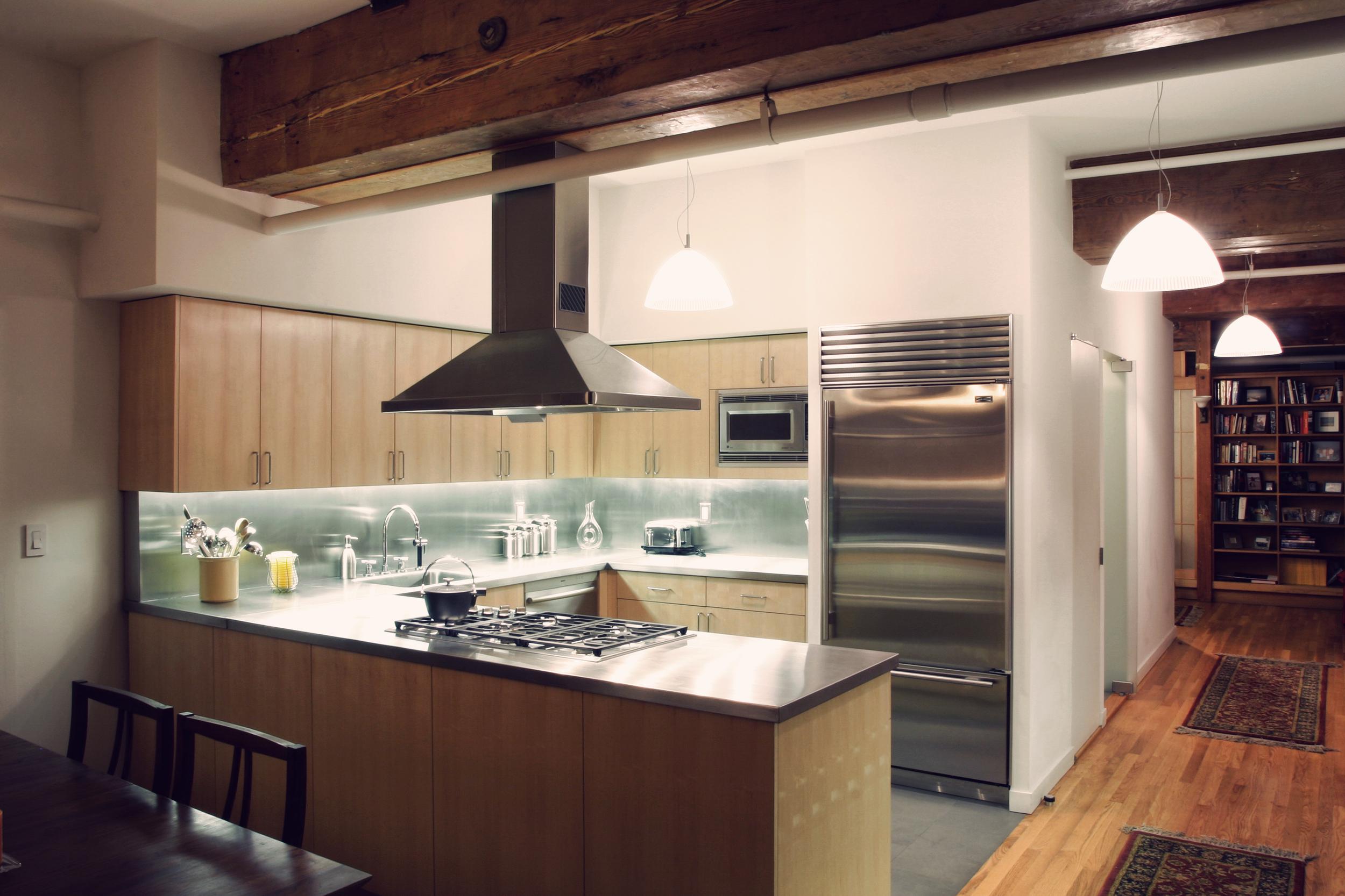 R kitchen b.jpg