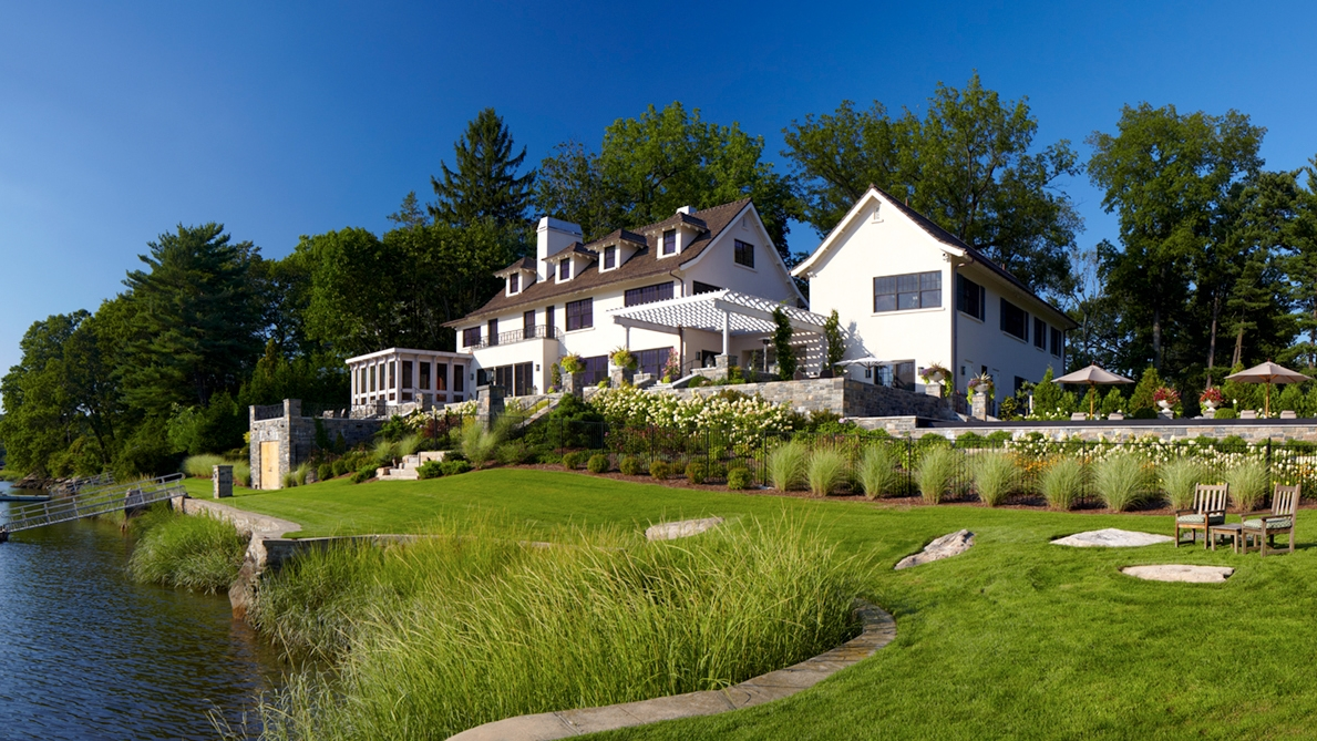 5 Indian Chase Drive - Rear Exterior Panoramic.jpg