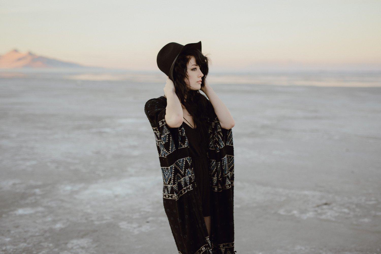 salt-lake-desert-engagement-photography_0009.jpg