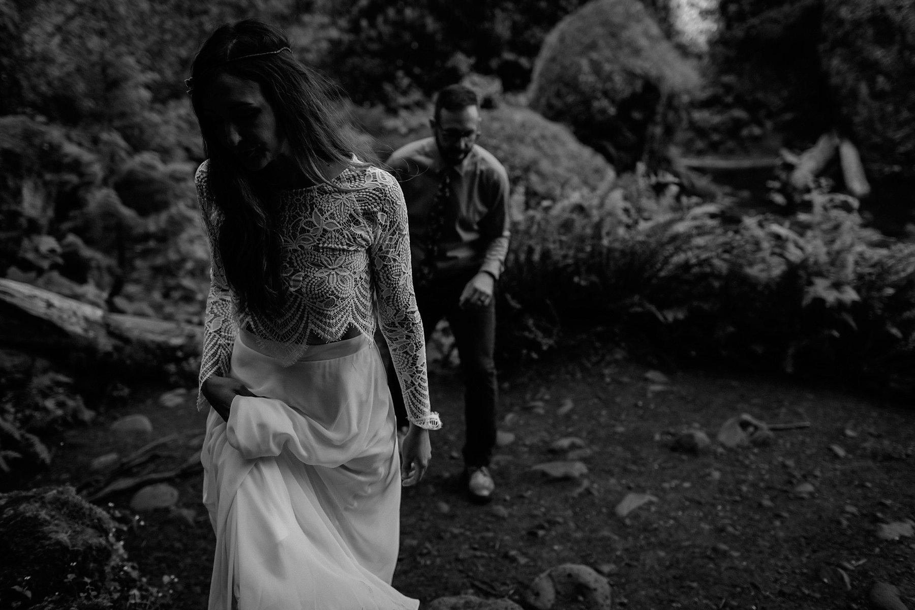 wahclella-falls-elopement-wedding_0042.jpg