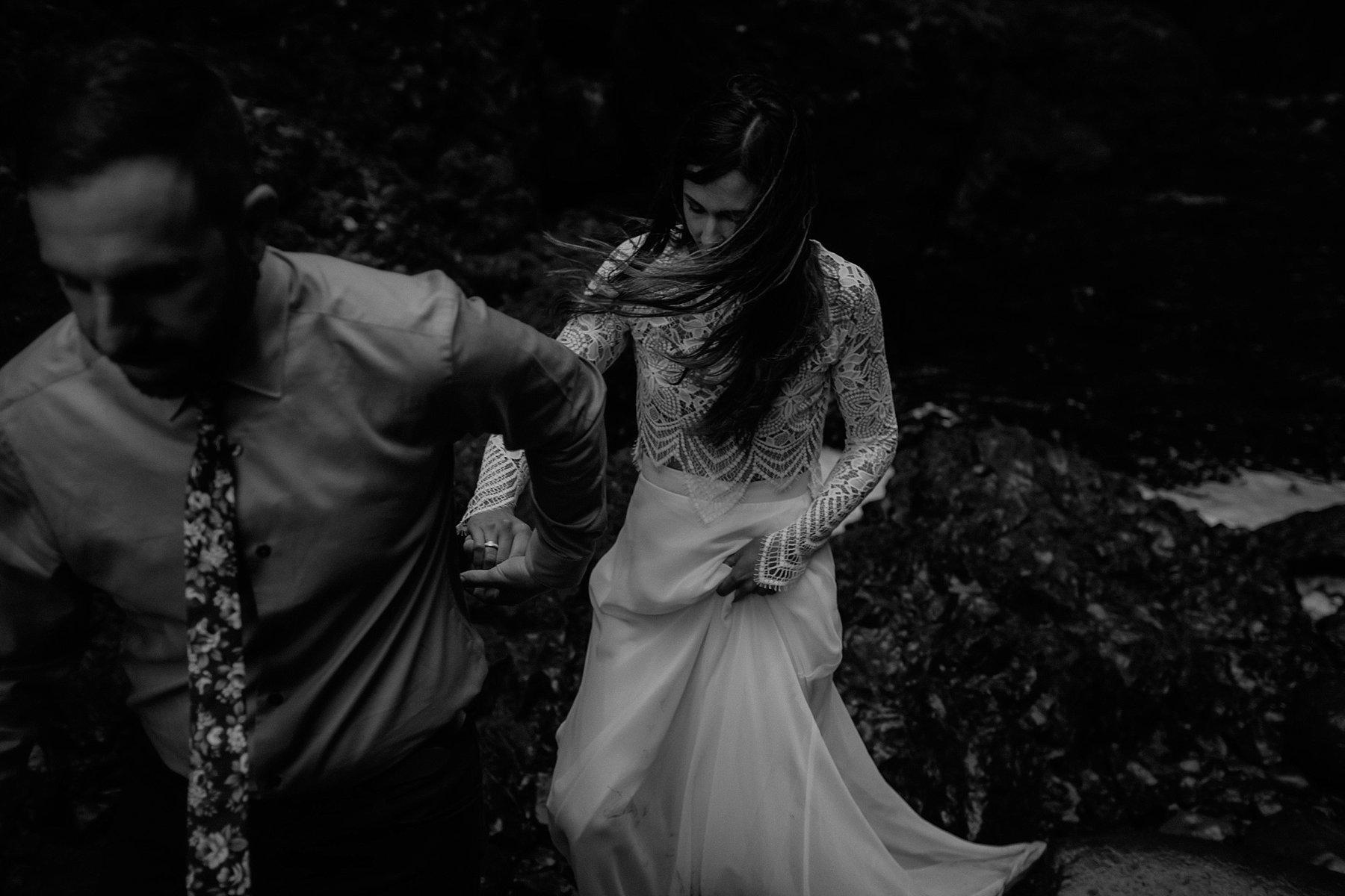 wahclella-falls-elopement-wedding_0055.jpg