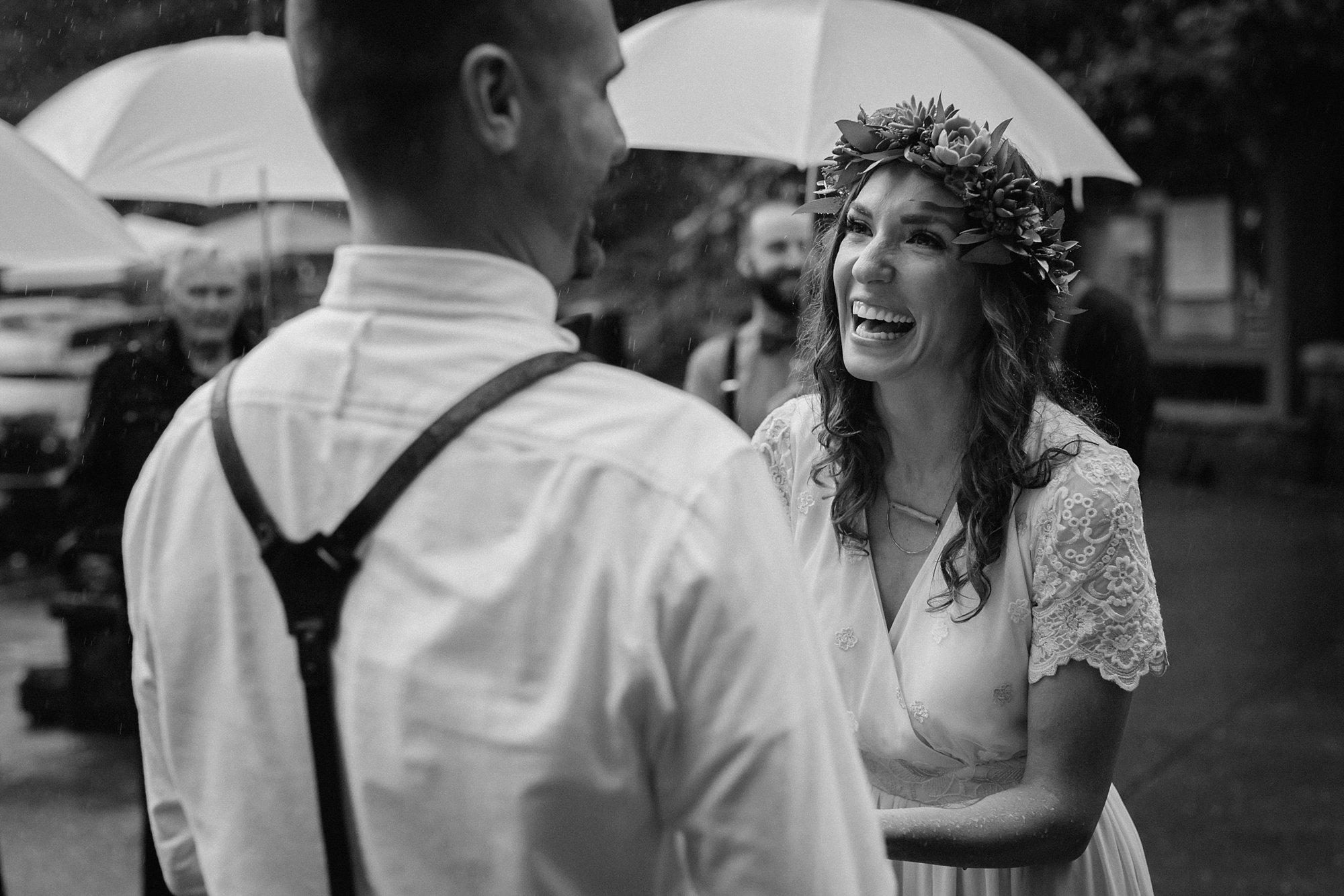 oregon-waterfall-elopement-wedding_0023.jpg