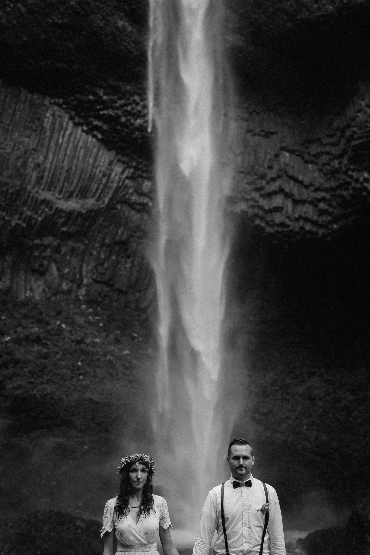 A wedding photo at Latourell Falls in Oregon.