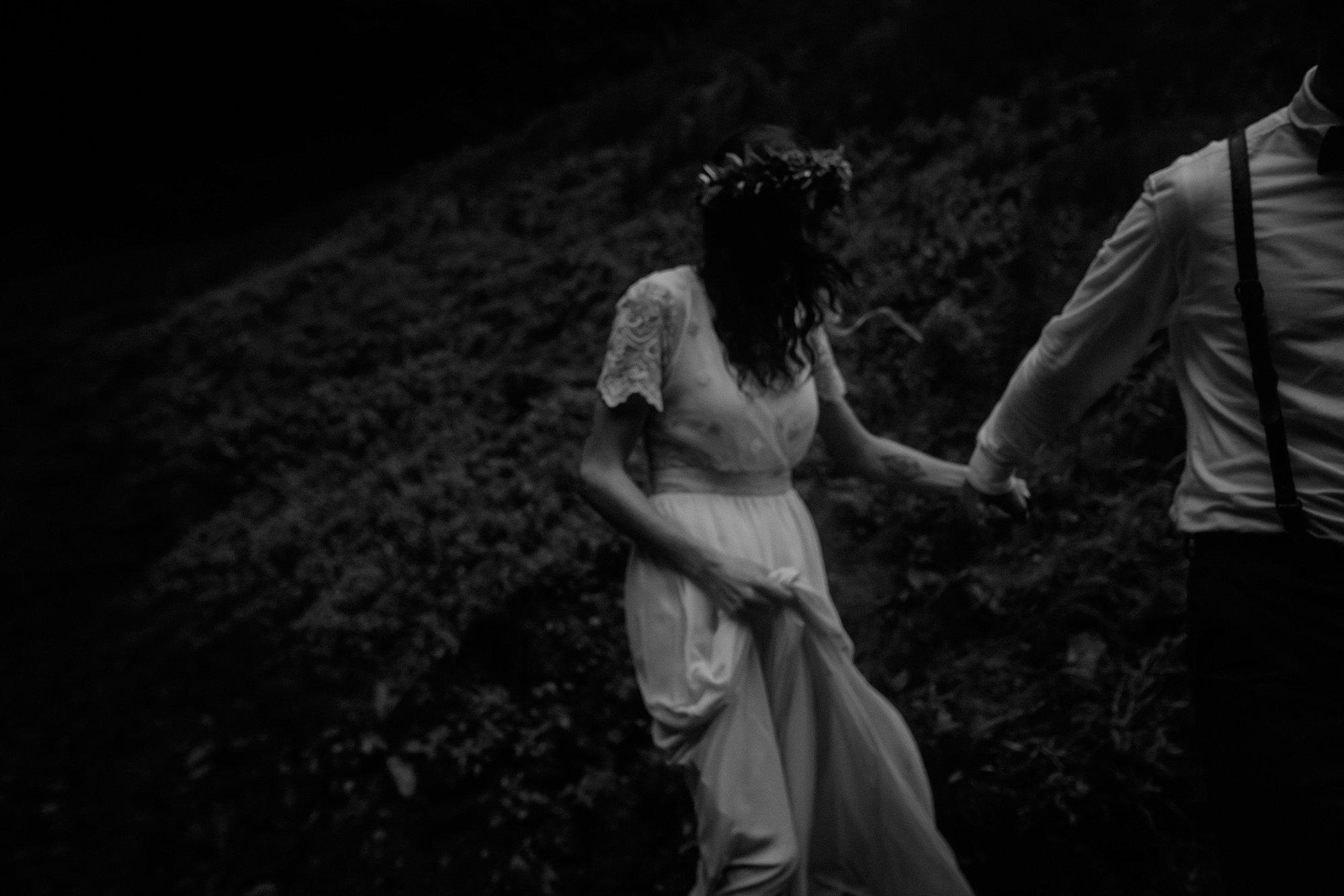 oregon-waterfall-elopement-wedding_0047.jpg