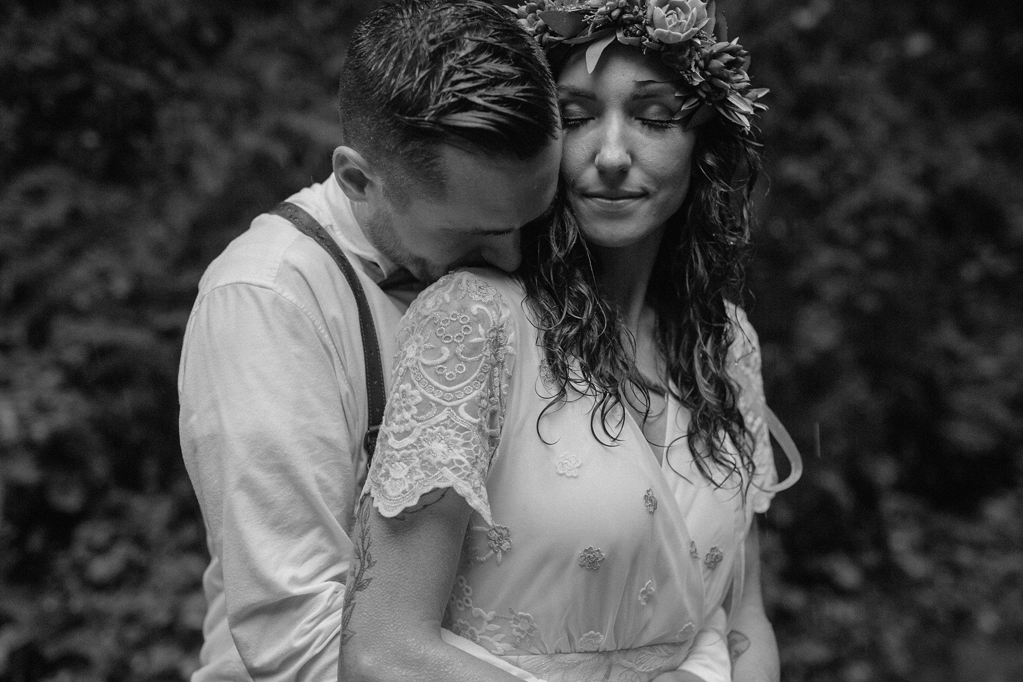 oregon-waterfall-elopement-wedding_0054.jpg