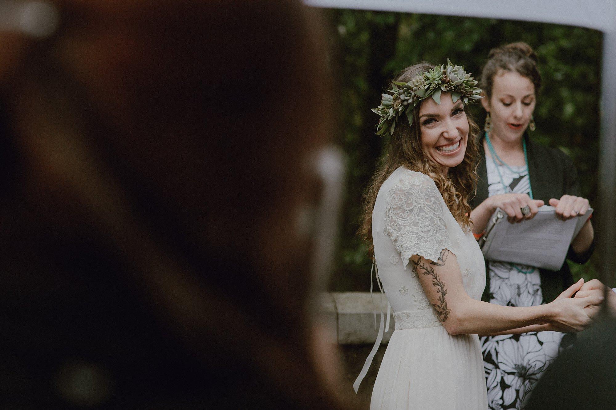oregon-waterfall-elopement-wedding_0020.jpg