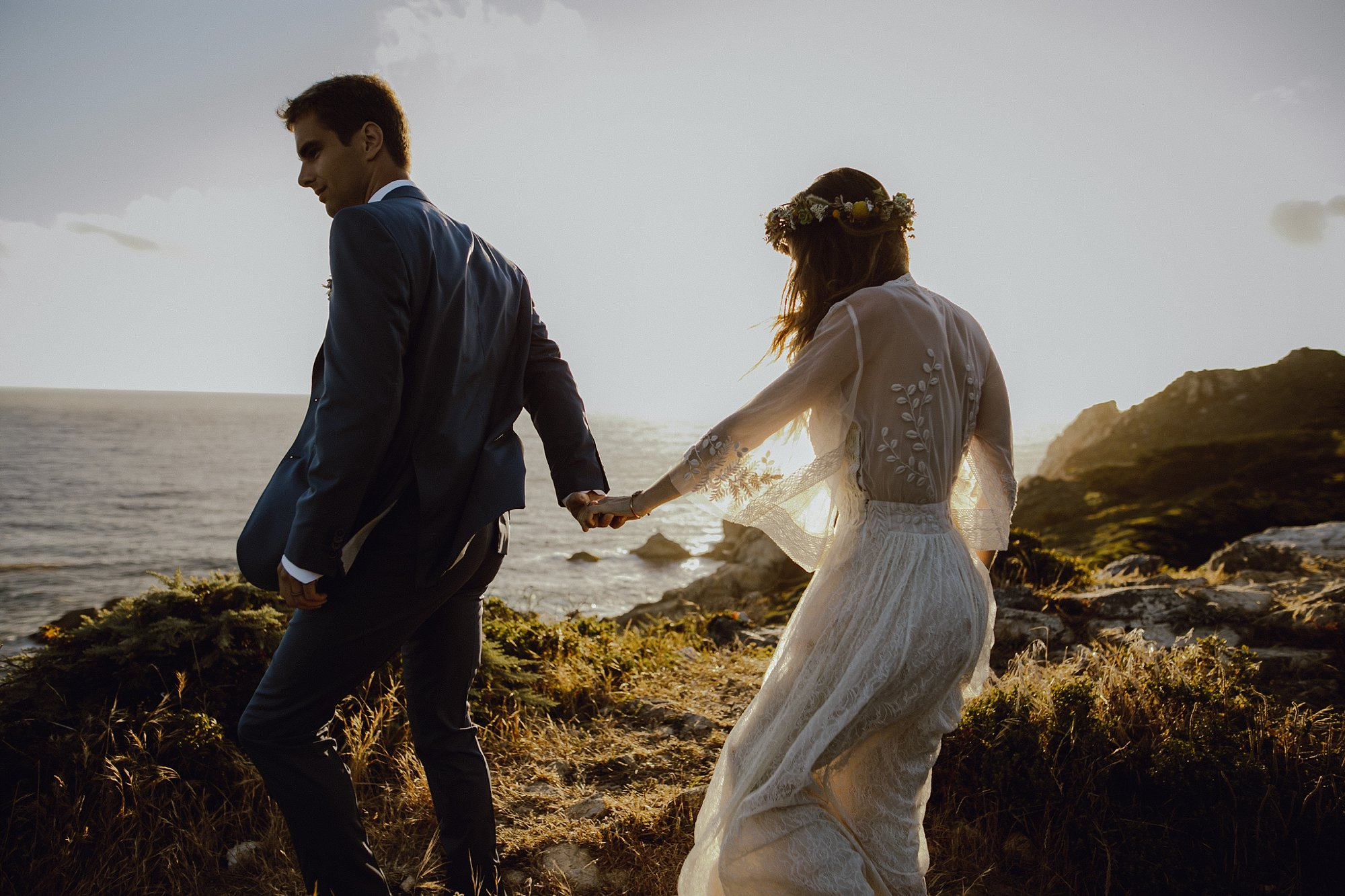 Sunset wedding photos in Big Sur