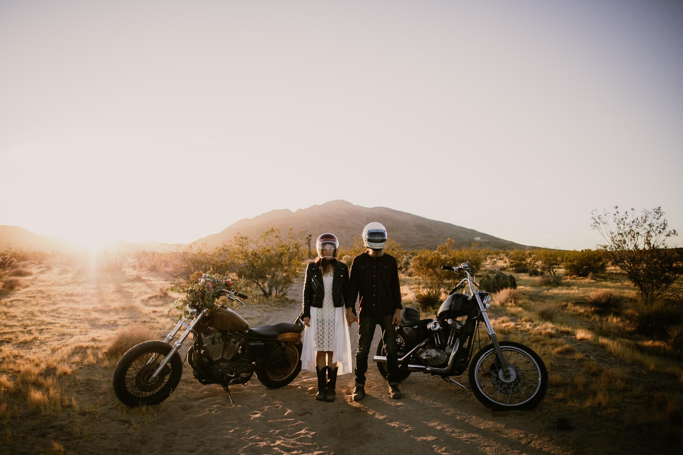motorcycle-wedding-photos-3.jpg