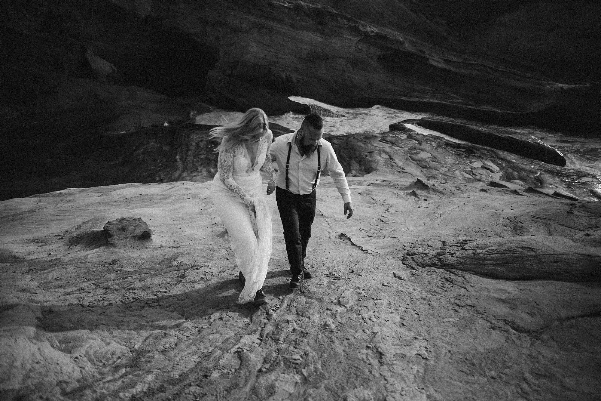 cape-kiwanda-elopement-wedding_0019.jpg