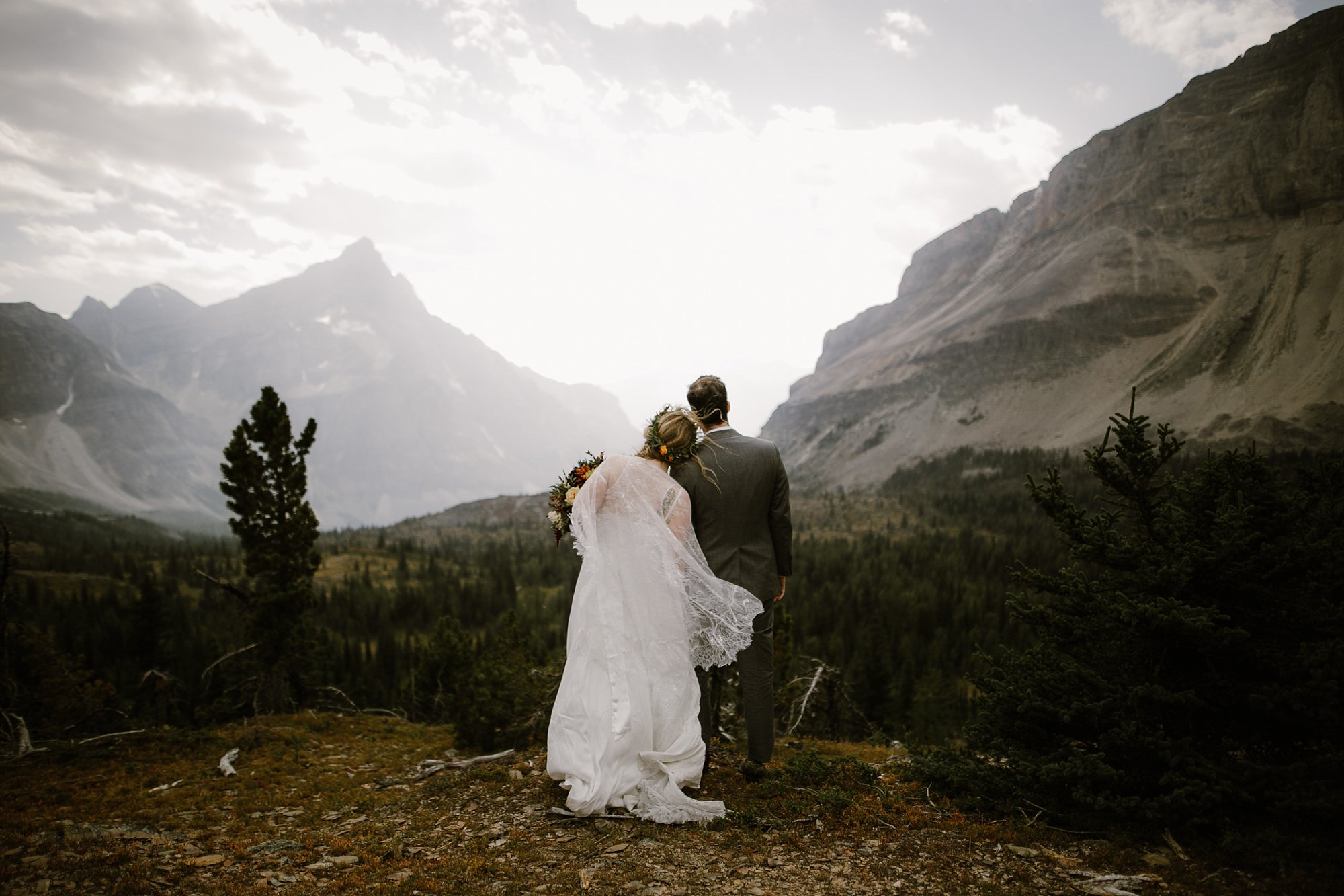 banff-canada-elopement-wedding_0015.jpg