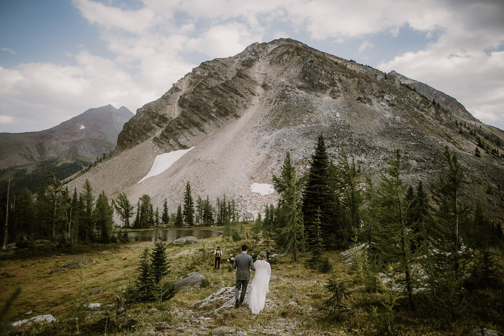 banff-canada-elopement-wedding_0018.jpg