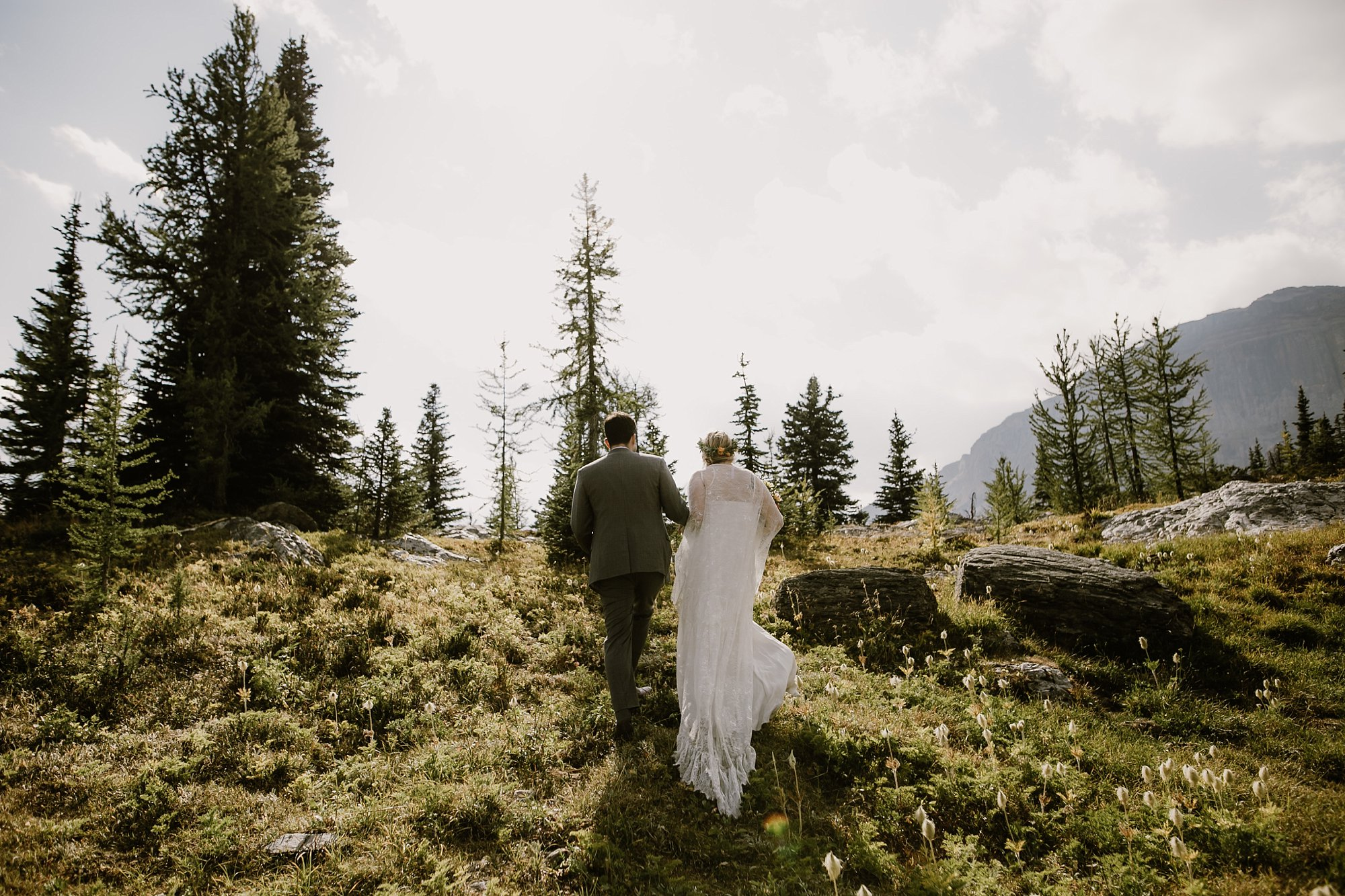 banff-canada-elopement-wedding_0023.jpg