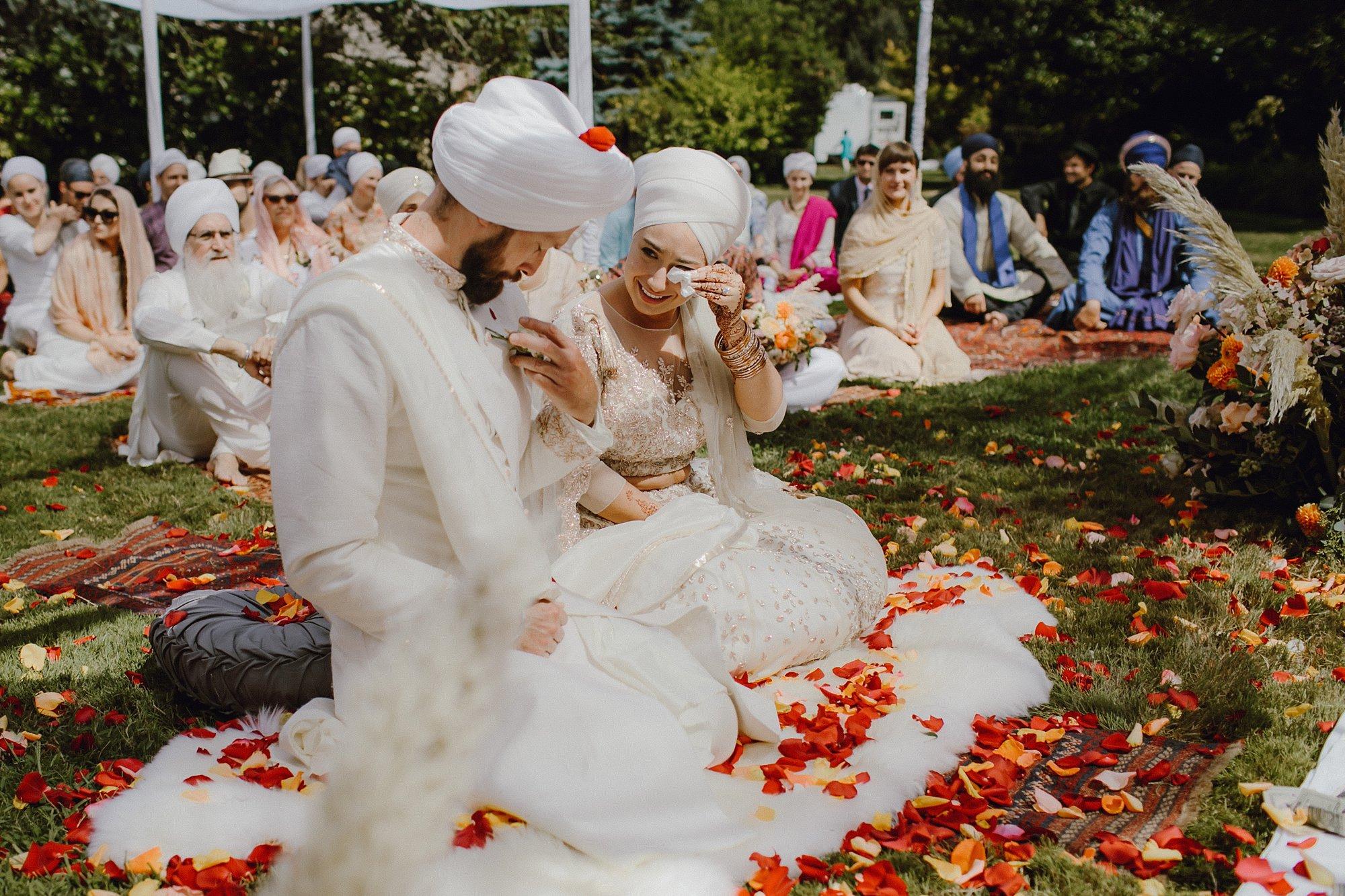 bohemian-inspired-sikh-wedding_0012.jpg