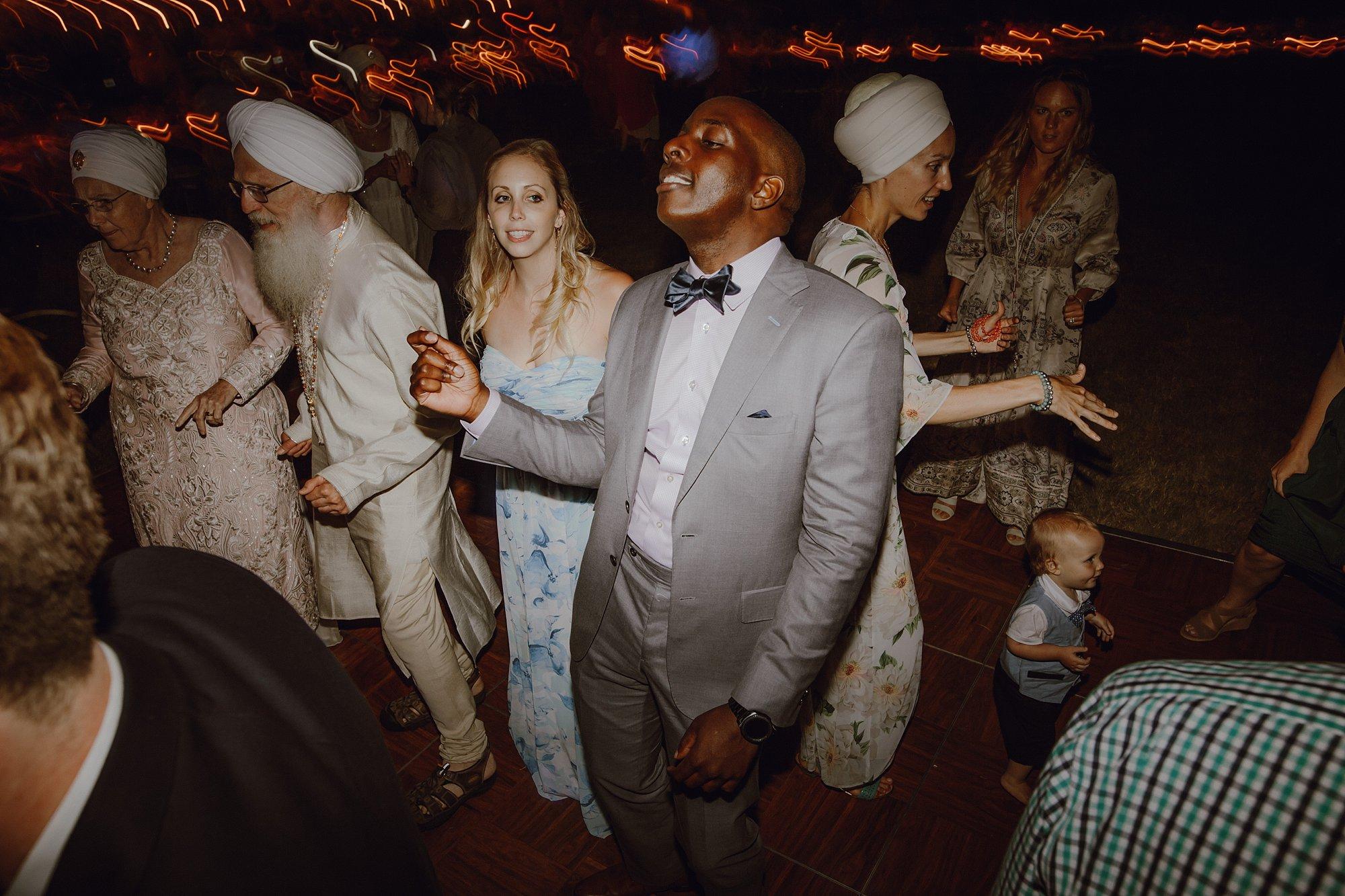 bohemian-inspired-sikh-wedding_0027.jpg