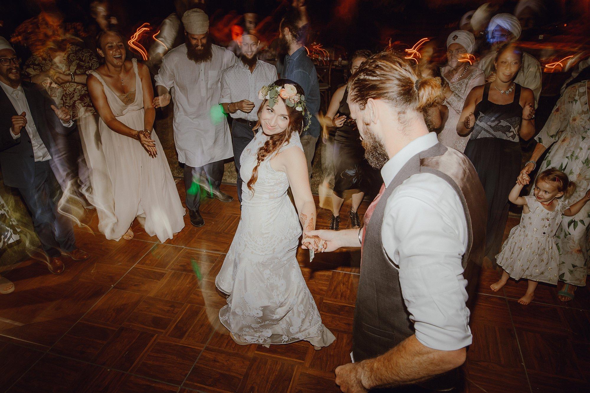 bohemian-inspired-sikh-wedding_0028.jpg