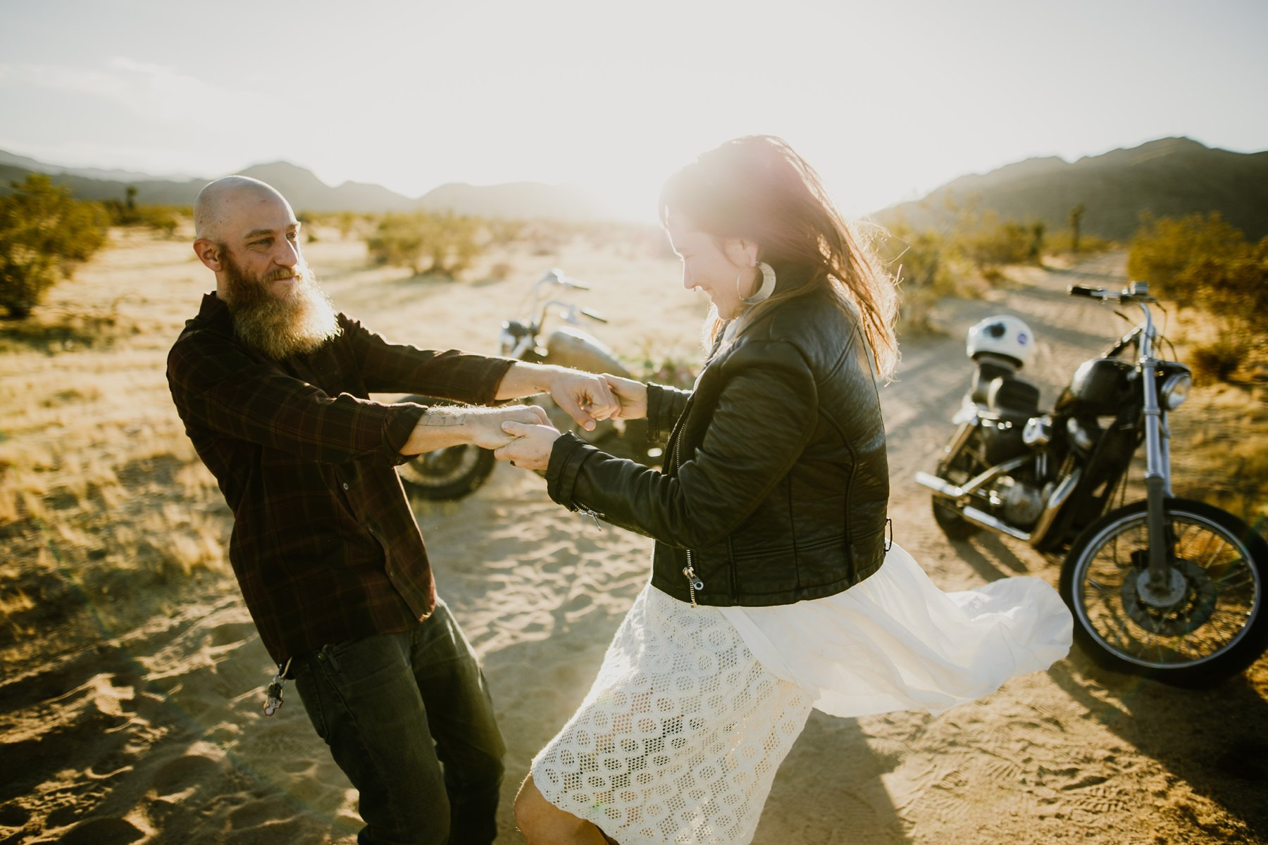 motorcycle-elopement-in-joshua-tree_0003.jpg