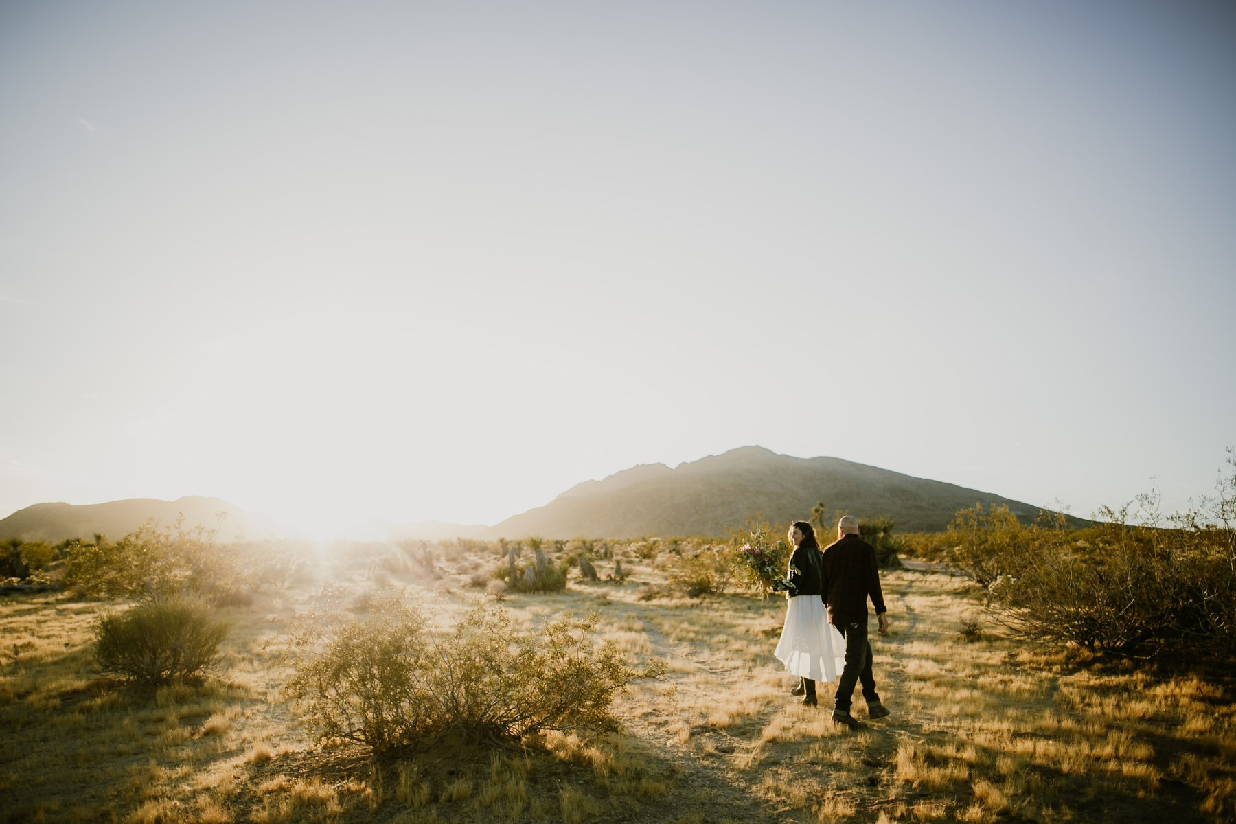 motorcycle-elopement-in-joshua-tree_0014.jpg