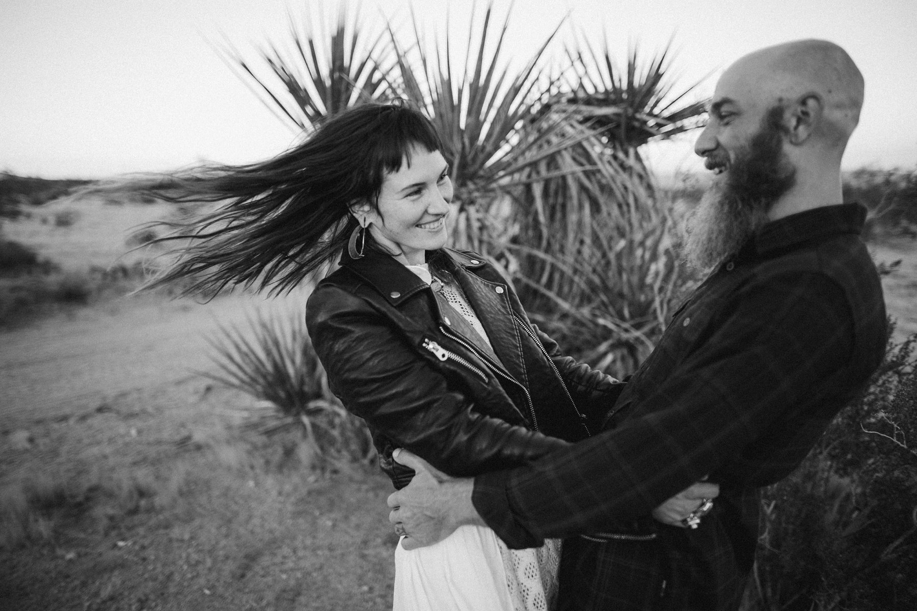 motorcycle-elopement-in-joshua-tree_0025.jpg