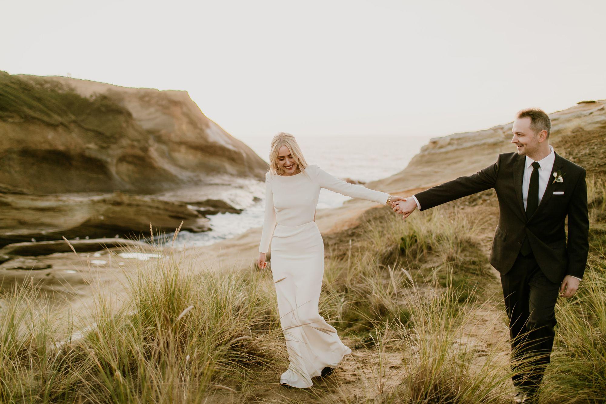 Celebrating their Oregon Coast elopement