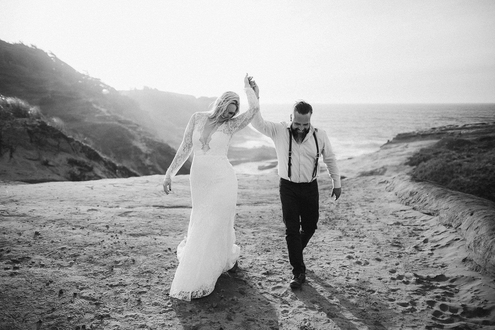 cape-kiwanda-elopement-wedding_0022.jpg