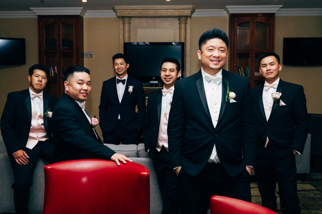 rl-hong+irving-weddingparty-15.jpg