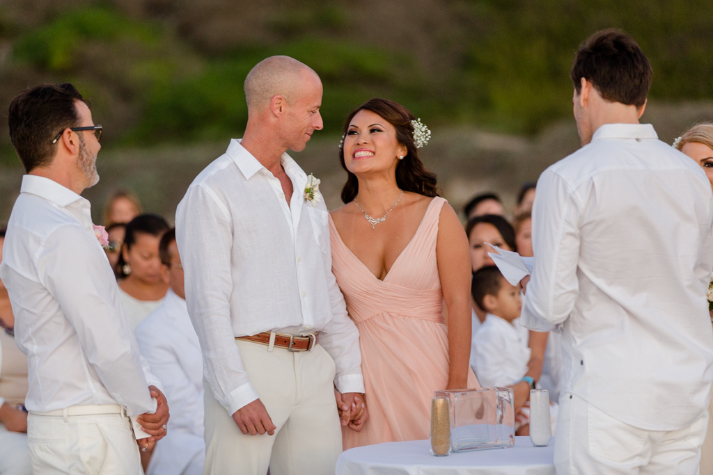 rl-beachCeremony-Mary+Phil-149.jpg