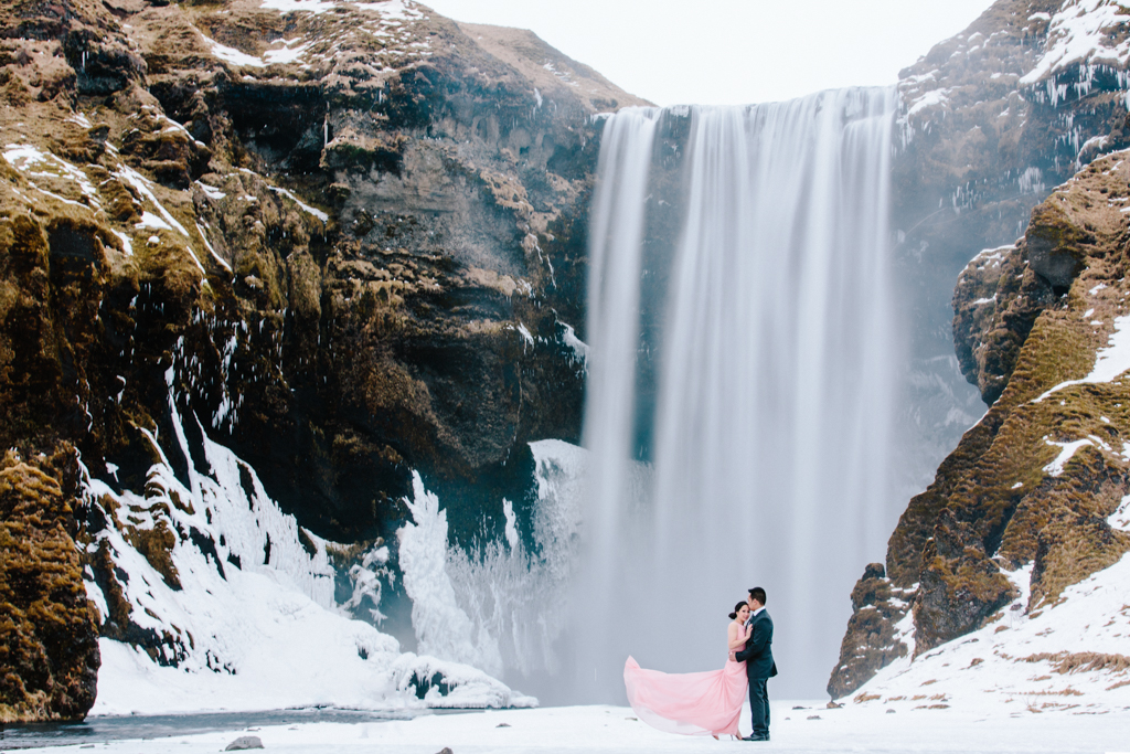 rl-engagement-Iceland-Lynda+Serey-1.jpg