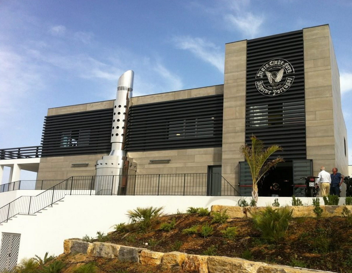 Grey Viroc facades | Faro Motorcycle Club | Miguel Caetano | Faro, Portugal