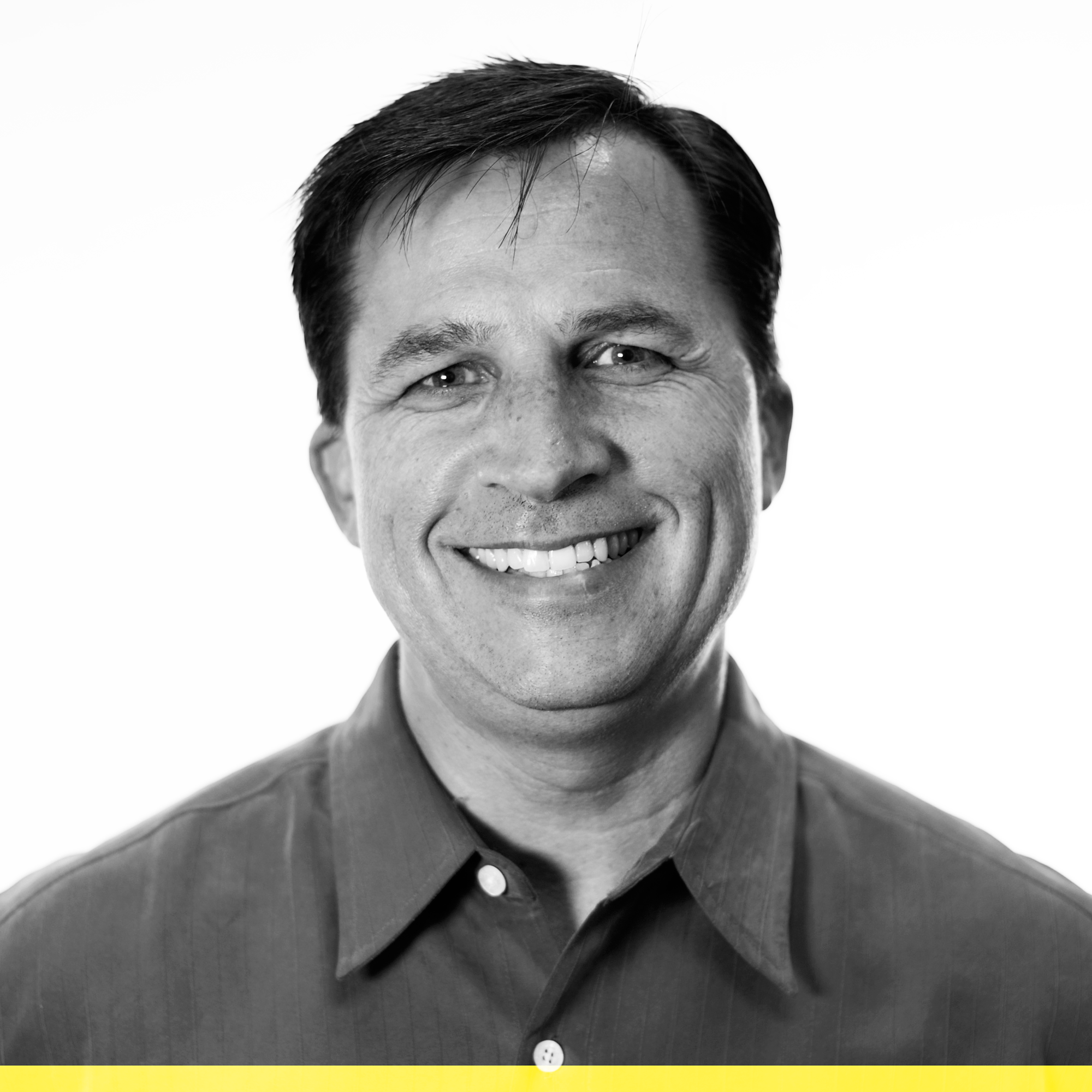JOE SZALKIEWICZ | PRESIDENT  Joe leads Yellow Line Digital, a forward-thinking digital communications firm. Joe is a successful entrepreneur who has started, scaled, and exited a number of ventures. Joe has helped several diverse consumer and cause-driven brands find quantifiable returns for their digital communications investments. He lives in Carlsbad, California, with his family.