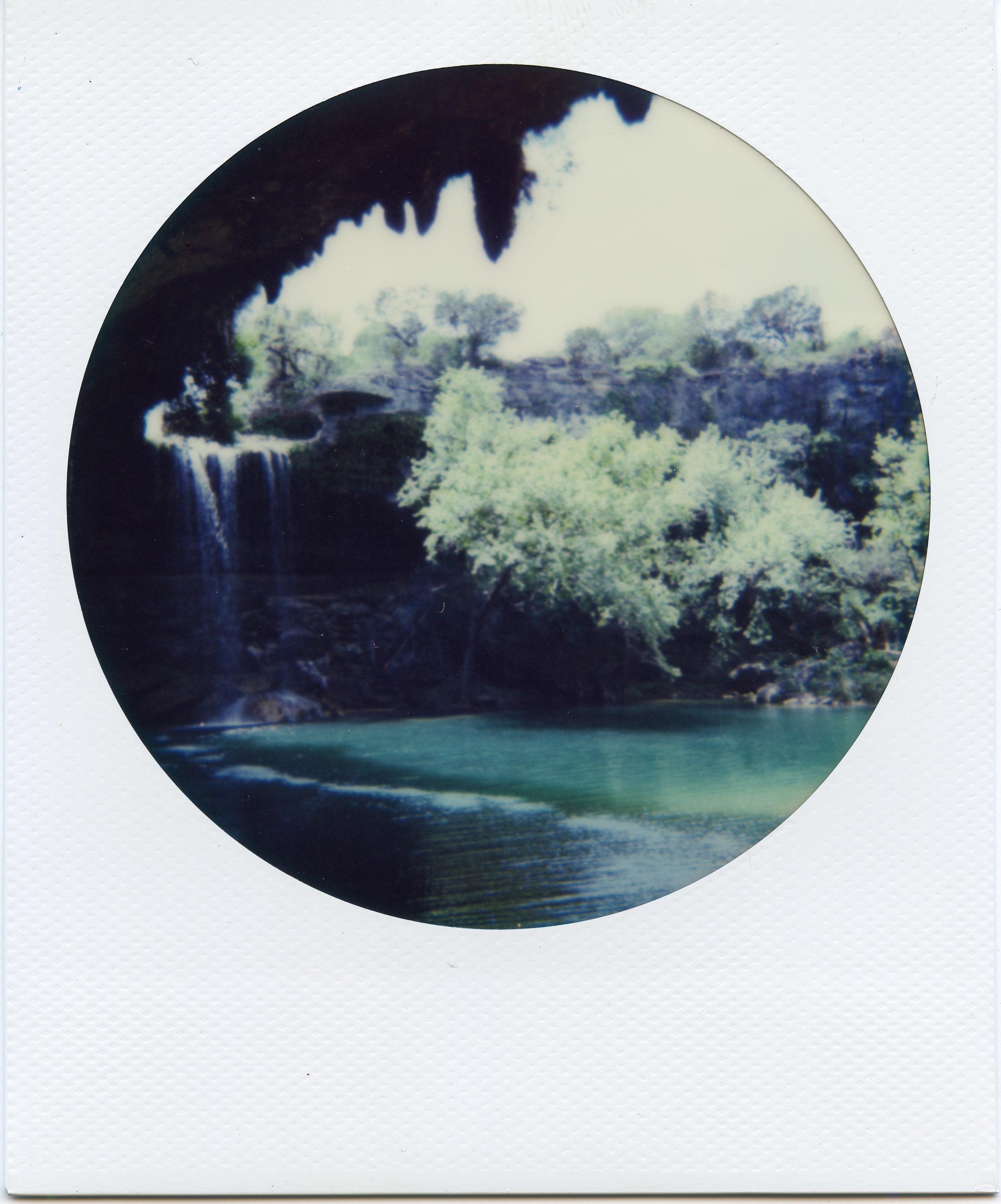 Polaroid ATX005-2.jpg