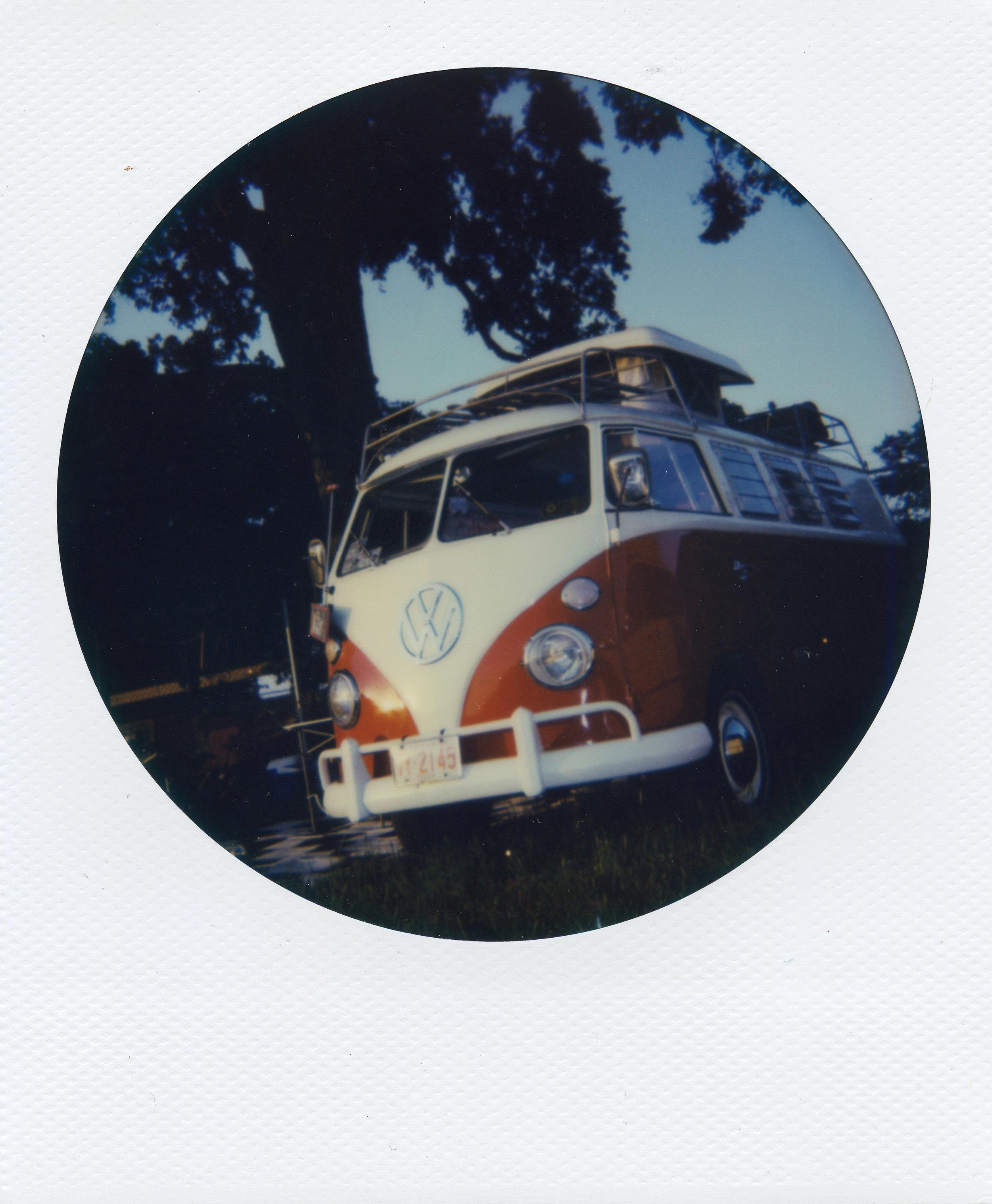 Polaroid ATX009-2.jpg