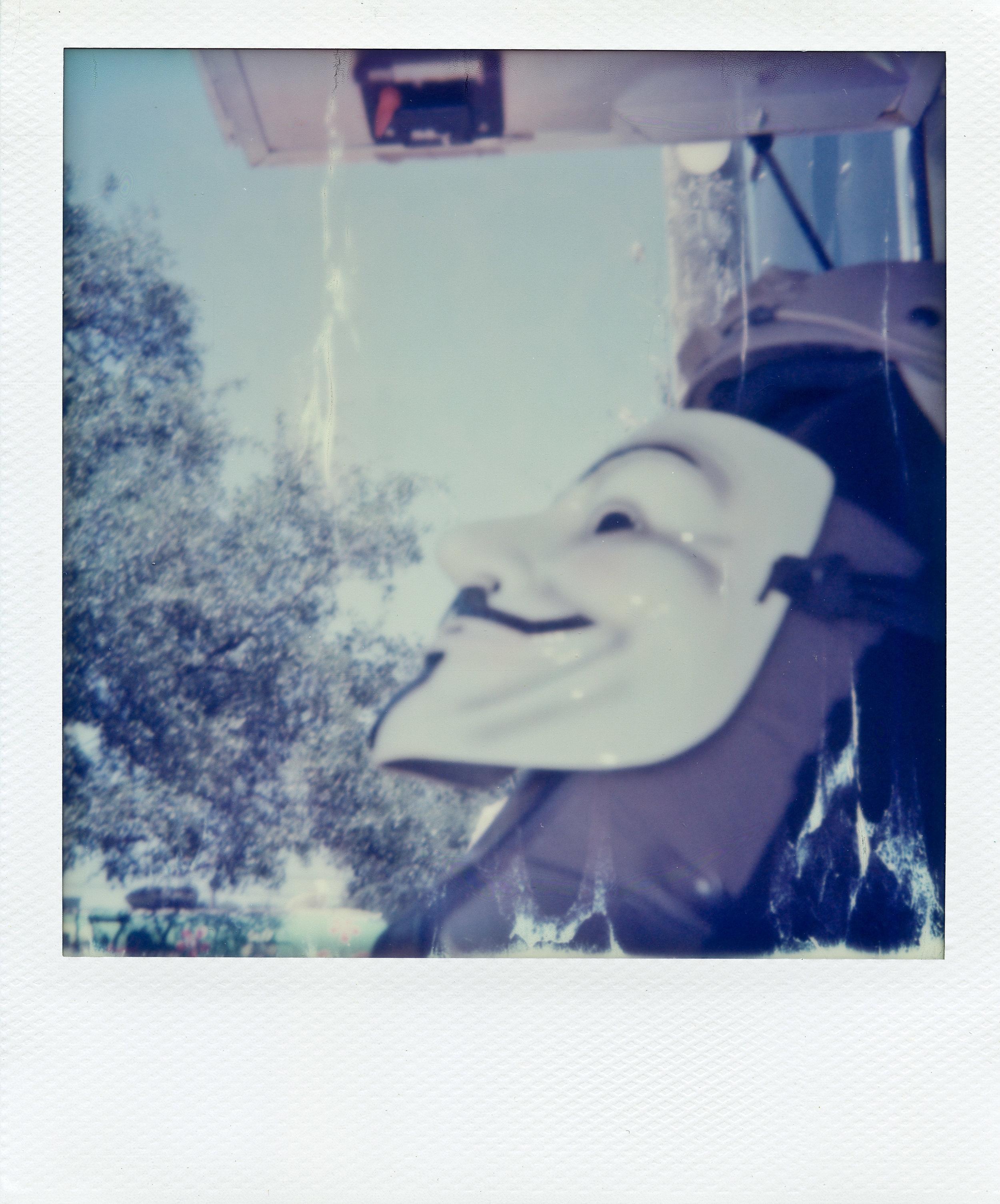 Polaroid ATX011-2.jpg