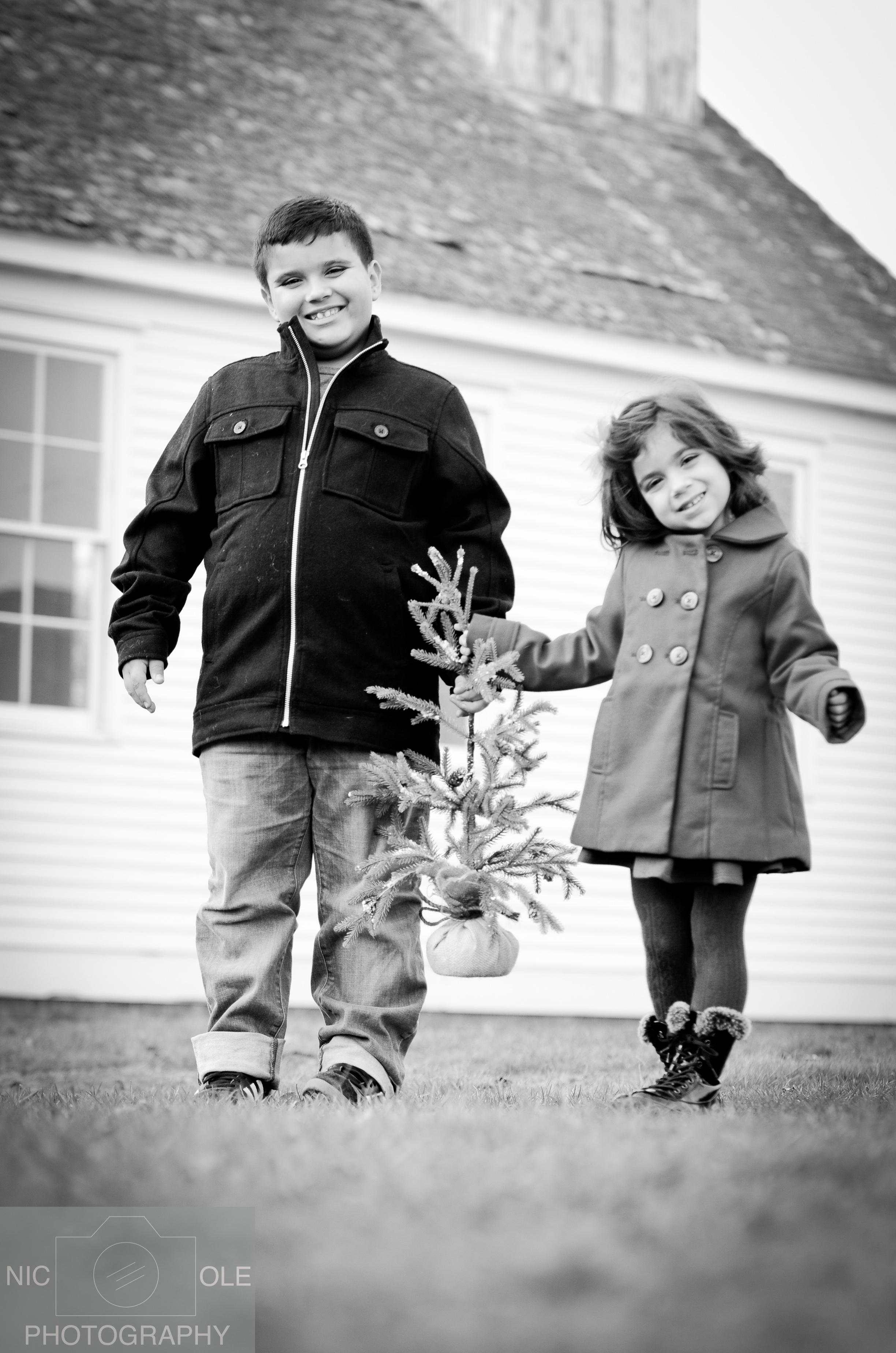 A&C Christmas Photos- Nic.Ole Photography-5.jpg